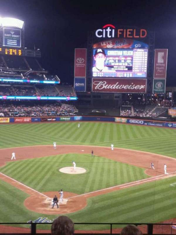Citi Field, section: 318, row: 4, seat: 6
