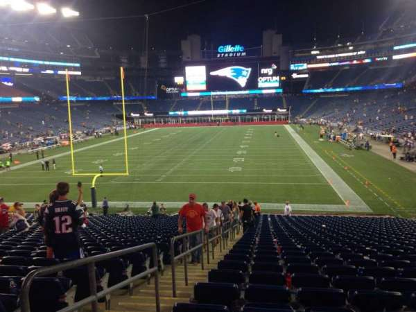 Gillette Stadium, section: 141, row: 34, seat: 19