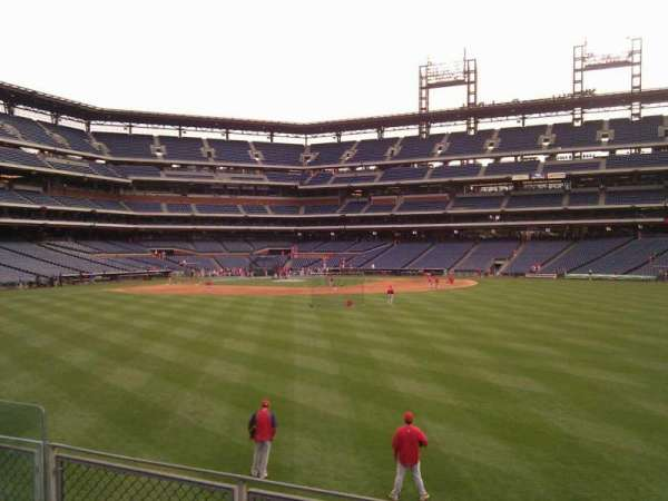 Citizens Bank Park, section: 101, row: 4, seat: 9