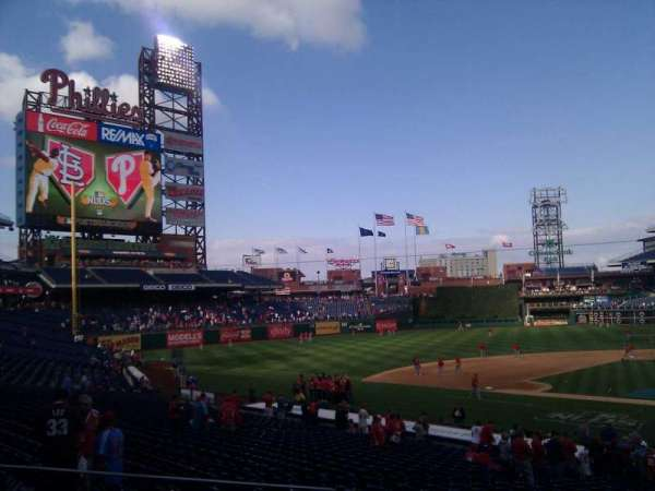 Citizens Bank Park, section: 128, row: 25, seat: 2
