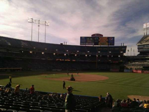 Oakland Coliseum, section: 108, row: 20, seat: 17