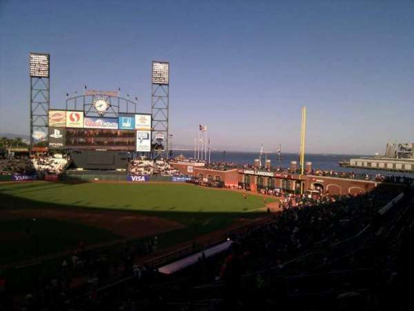 Oracle Park, section: 213, row: i, seat: 10