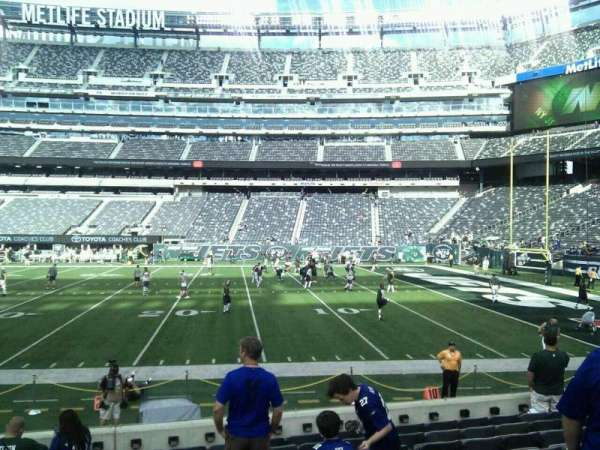MetLife Stadium, section: 135, row: 10, seat: 12