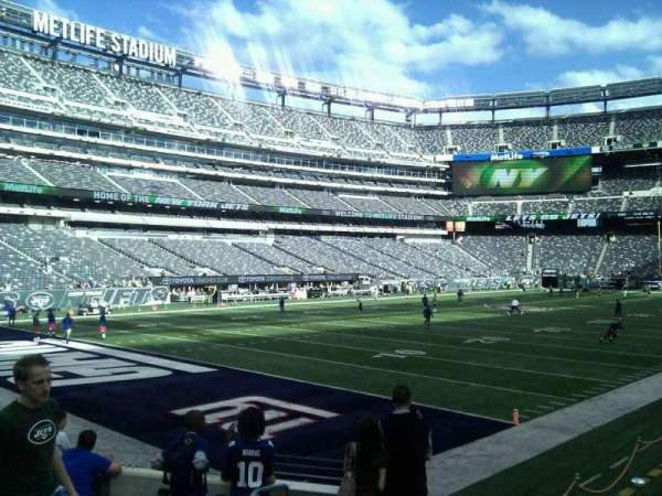 MetLife Stadium, section: 146, row: 9, seat: 8