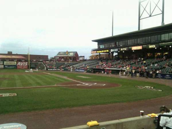 Clipper Magazine Stadium, section: 19, row: e, seat: 5