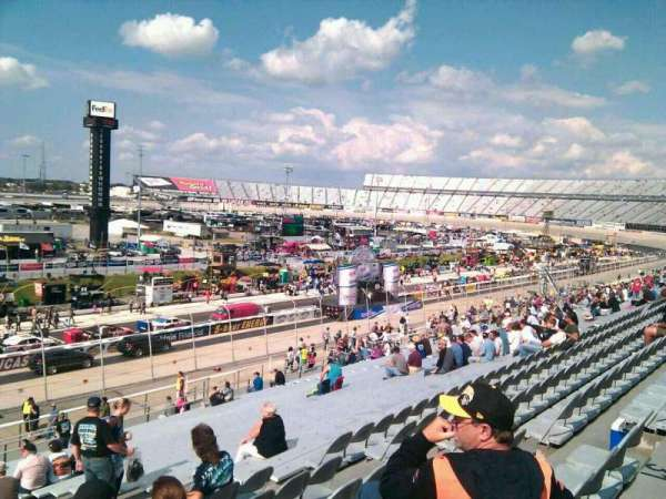 Dover International Speedway, section: 105, row: 30, seat: 9