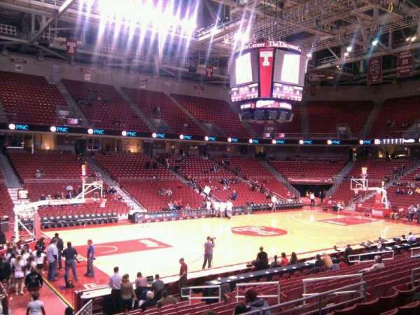 Liacouras Center, section: 115, row: r, seat: 13