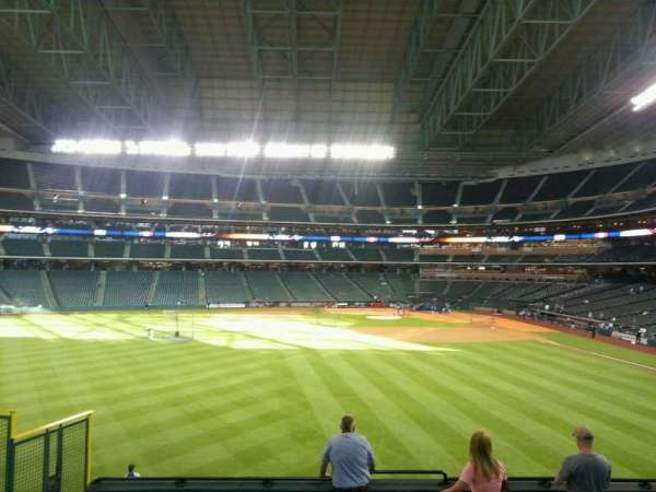 Minute Maid Park, section: 100, row: 9, seat: 6