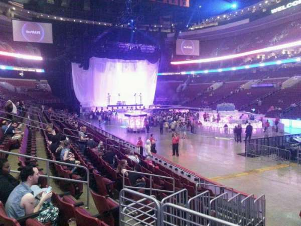 Wells Fargo Center, section: 104, row: 11, seat: 10