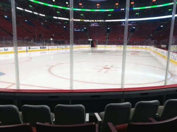 Centre Bell, section: 106, row: dd, seat: 4