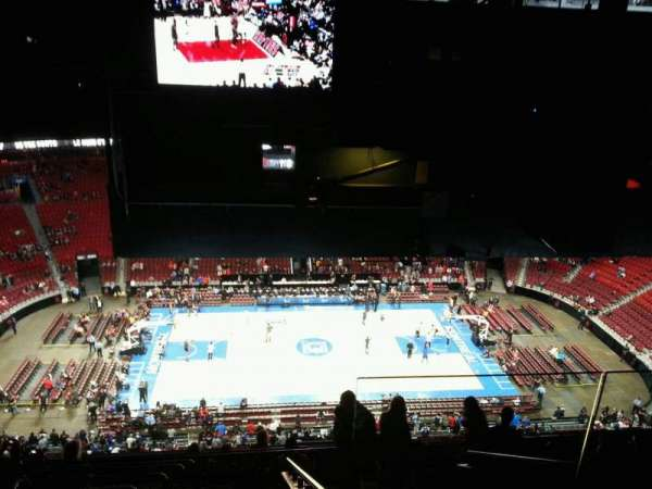 Centre Bell, section: 320, row: d, seat: 2