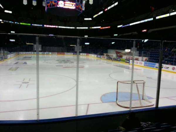Colisée Pepsi, section: 103, row: f, seat: 1