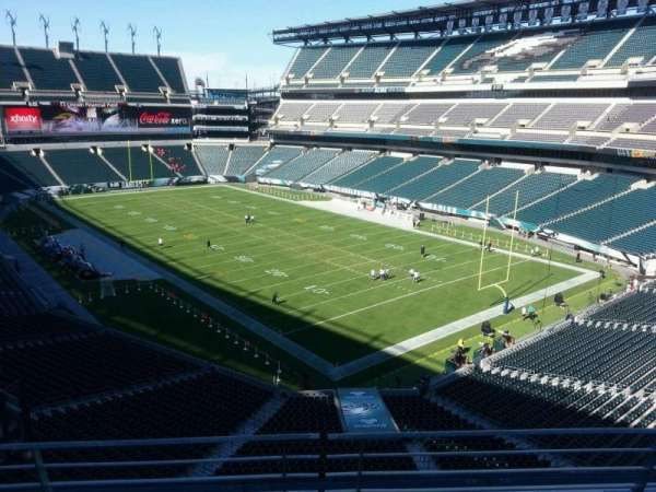 Lincoln Financial Field, section: m7, row: 15, seat: 4