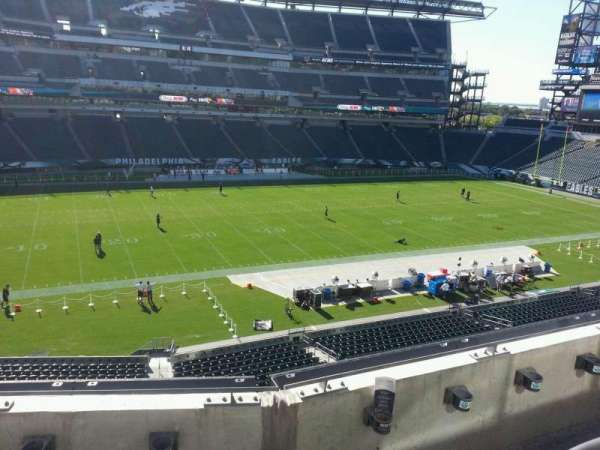 Lincoln Financial Field, section: c19, row: 3, seat: 9