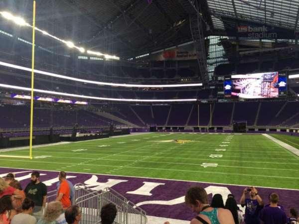 U.S. Bank Stadium, section: 140, row: 8, seat: 12