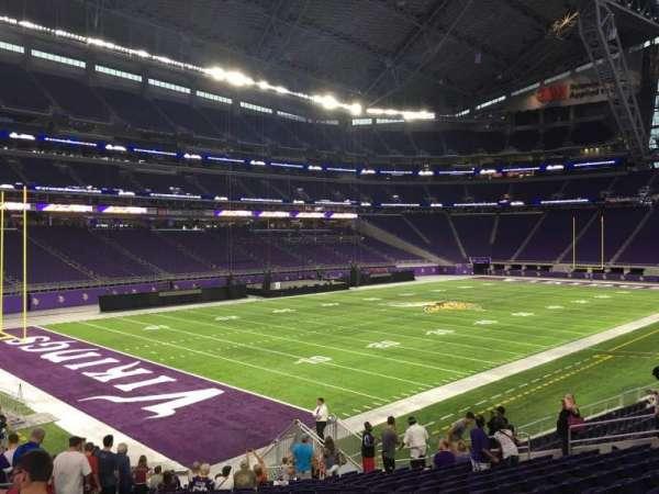 U.S. Bank Stadium, section: 136, row: 25, seat: 25