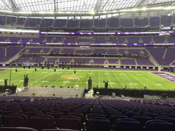 U.S. Bank Stadium, section: V2, row: 37, seat: 15