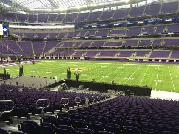 U.S. Bank Stadium, section: 106, row: 34, seat: 26