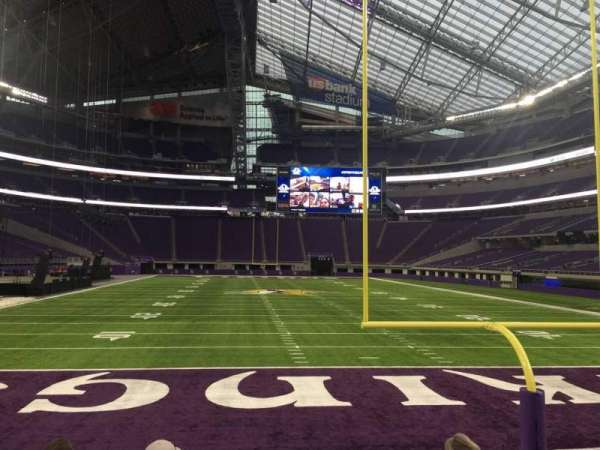 U.S. Bank Stadium, section: 142, row: 5, seat: 12