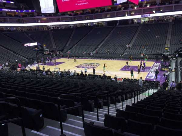 Golden 1 Center, section: 105, row: P, seat: 14