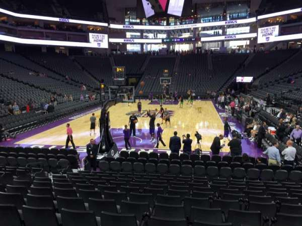 Golden 1 Center, section: 113, row: Ff, seat: 16