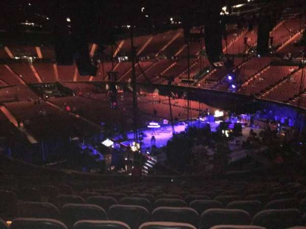 The Forum, section: 116, row: 16, seat: 4