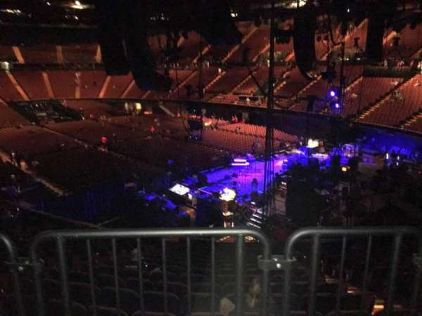 The Forum, section: 115, row: Aca