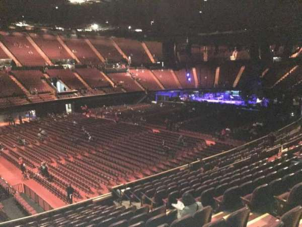 The Forum, section: 106, row: 14, seat: 7