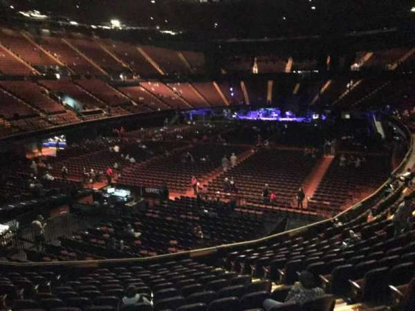 The Forum, section: 103, row: 14, seat: 7