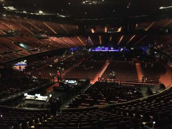 The Forum, section: 102, row: 14, seat: 6