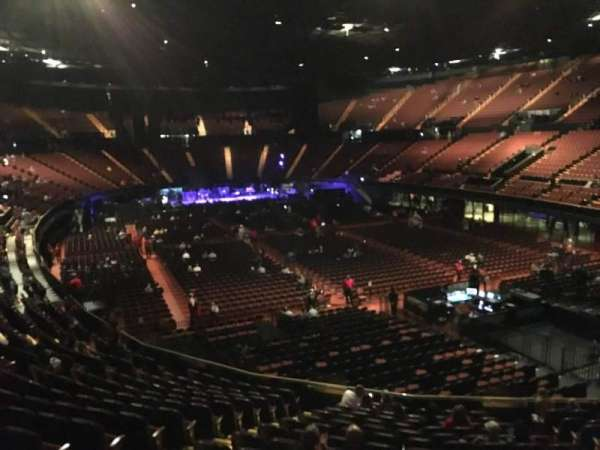 The Forum, section: 134, row: 14, seat: 7