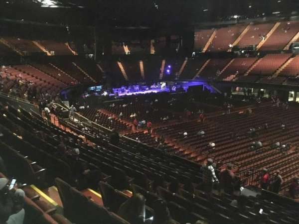 The Forum, section: 131, row: 14, seat: 8