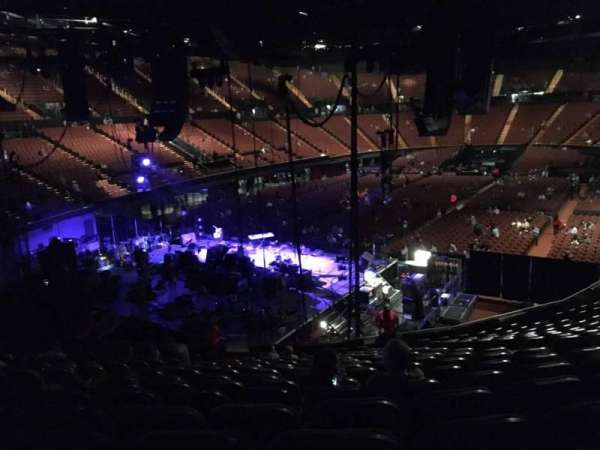 The Forum, section: 121, row: 16, seat: 6