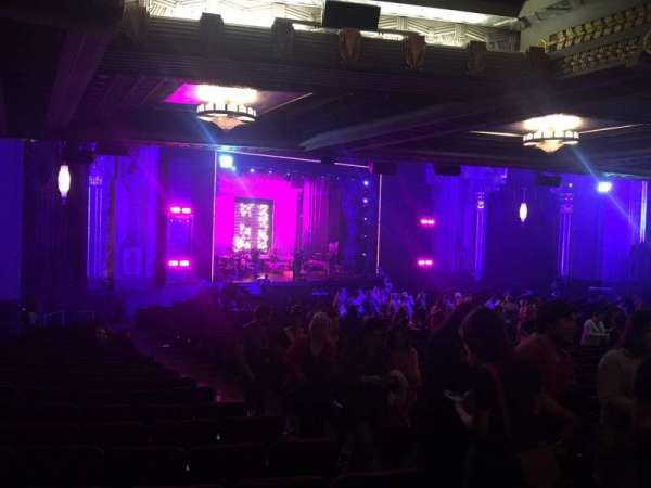 Hollywood Pantages Theatre, section: Orchestra RC, row: Nn, seat: 211