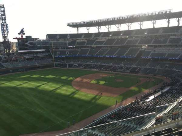 Truist Park, section: 341, row: 6, seat: 10