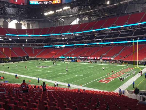 Mercedes-Benz Stadium, section: 105, row: 30, seat: 8