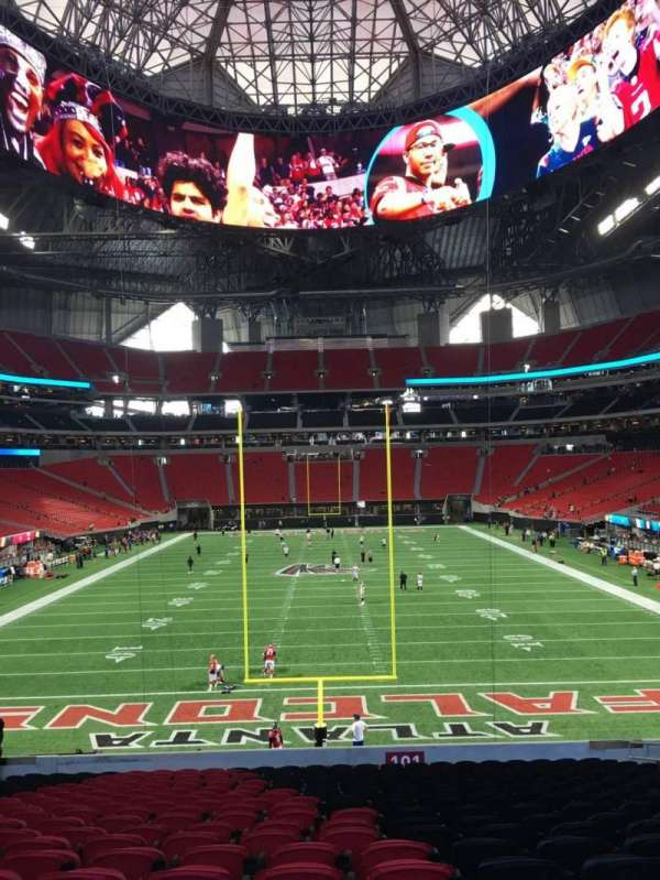 Mercedes-Benz Stadium, section: 101, row: 30, seat: 13