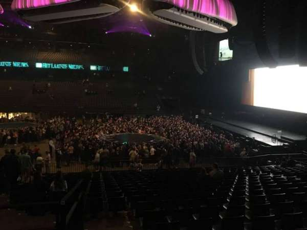 Sportpaleis, section: 115, row: 30, seat: 6