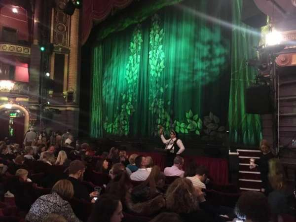 Palace Theatre (Manchester), section: Stalls, row: F, seat: 6