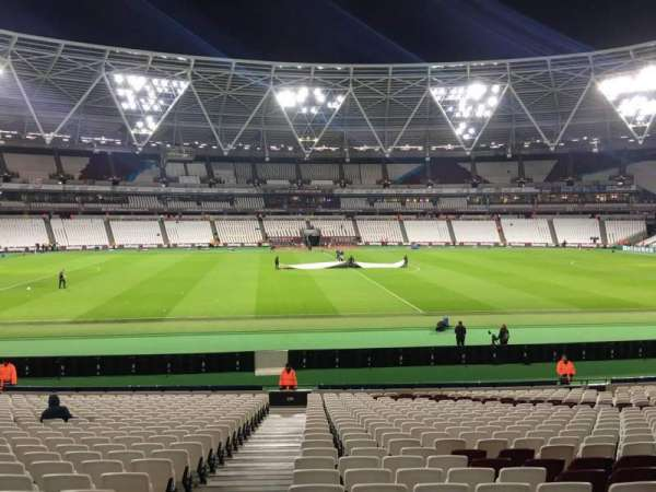 London Stadium, section: 135, row: 25, seat: 383