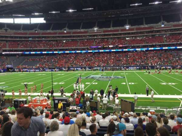 NRG Stadium, section: 106, row: Q, seat: 8
