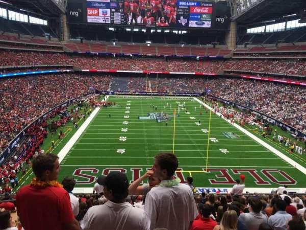 NRG Stadium, section: 324, row: Q, seat: 19