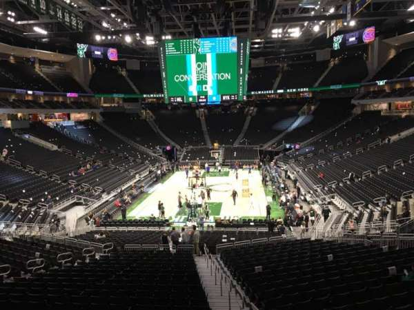 Fiserv Forum, section: 122, row: ADA, seat: 1