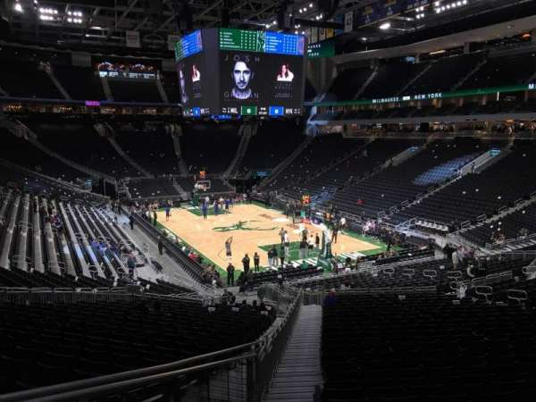 Fiserv Forum, section: 102, row: 28, seat: 26