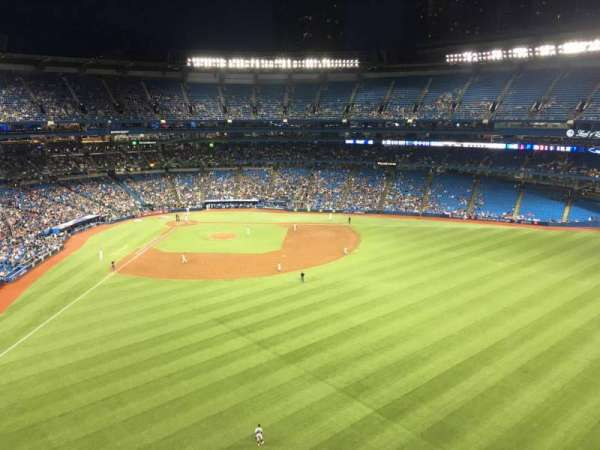 Rogers Centre, section: 506R, row: 4, seat: 5