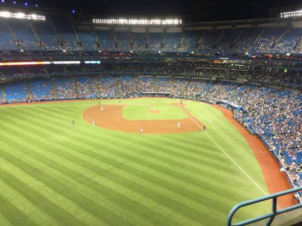 Rogers Centre, section: 541L, row: 3, seat: 103