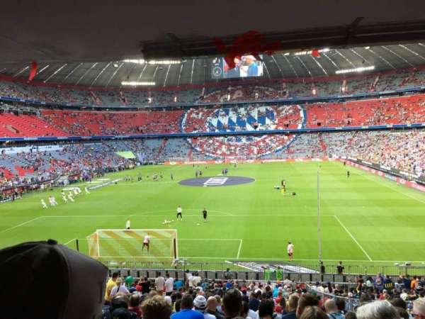 Allianz Arena, section: 113, row: 27, seat: 20
