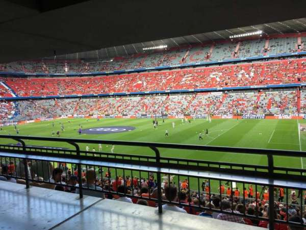 Allianz Arena, section: 106, row: Wc, seat: 11