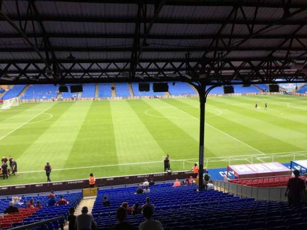 Selhurst Park, section: E, row: 32, seat: 90