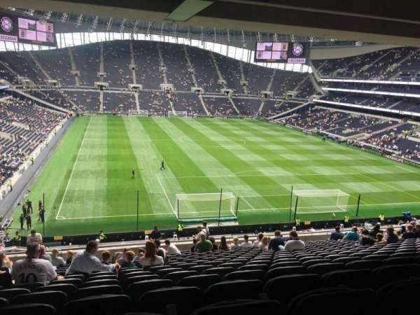 Tottenham Hotspur Stadium, section: 422, row: 16, seat: 428